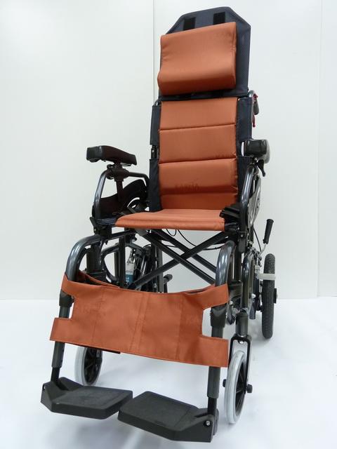 後躺式特製輪椅